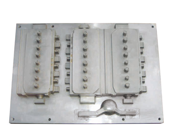4 cylinder external mould of HWS line